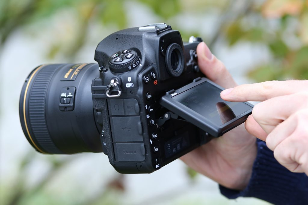 Лучший фотоаппарат для любителя и профессионала: обзор, отзывы